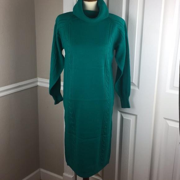 9dc4e1a2171 NWT SZ S DARIAN SWEATER DRESS VINTAGE GREEN
